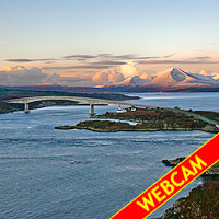 Skye Bridge at dawn Click here to enter Lochalsh.com and see the webcam